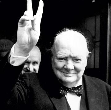 Черчиль poster