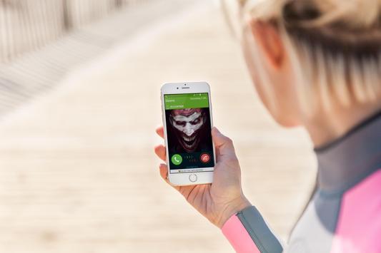 scary clown fake  call joke apk screenshot
