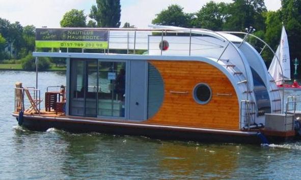 Nautilus Hausbootcharter poster