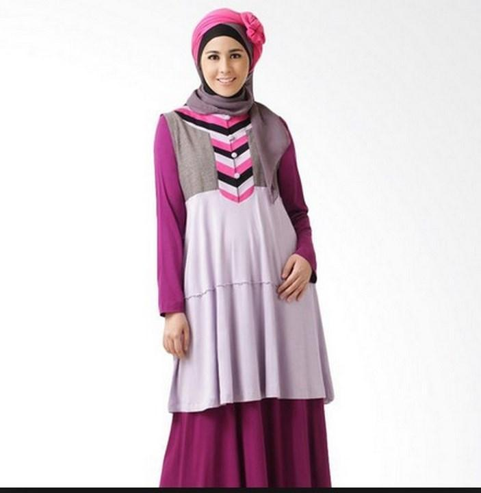 Model of maternity clothes hijab poster