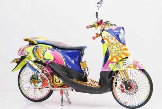 Modification Motorcycle Drag screenshot 6
