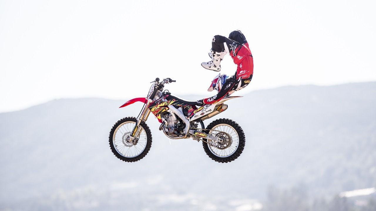 Cool Dirt Bike Jump Wallpaper For Android Apk Download
