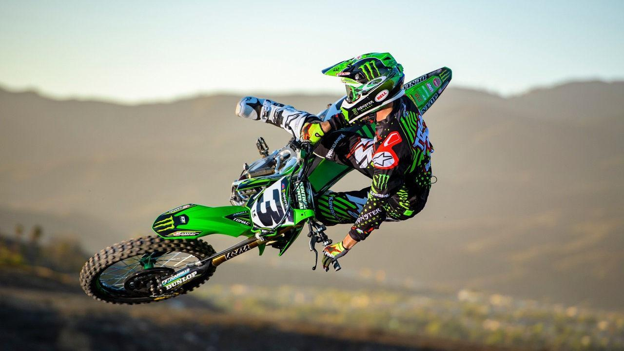 Extreme Dirt Bike Jump Wallpaper For Android Apk Download