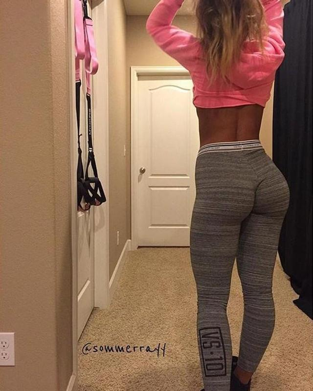 sexiest women in yoga pants porn