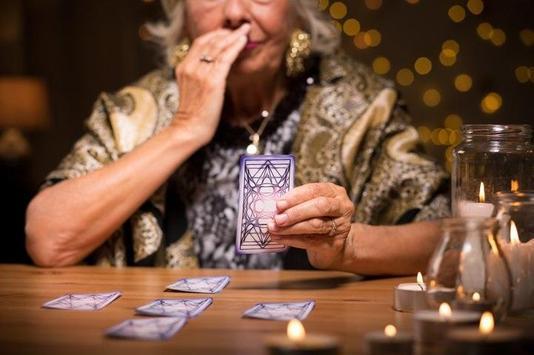 Cartomancy Free - Fortune Teller Women poster