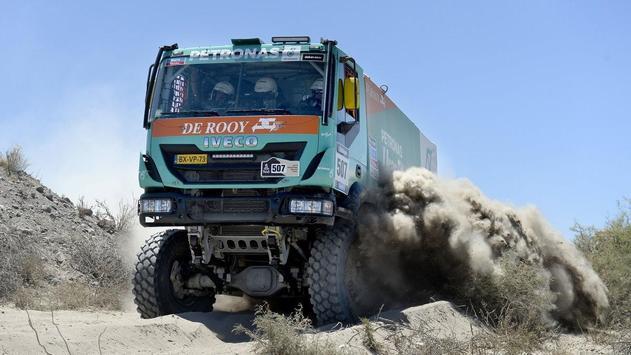 Dakar Trucks Rally Wallpaper screenshot 12