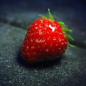 Strawberry Wallpaper HD icon