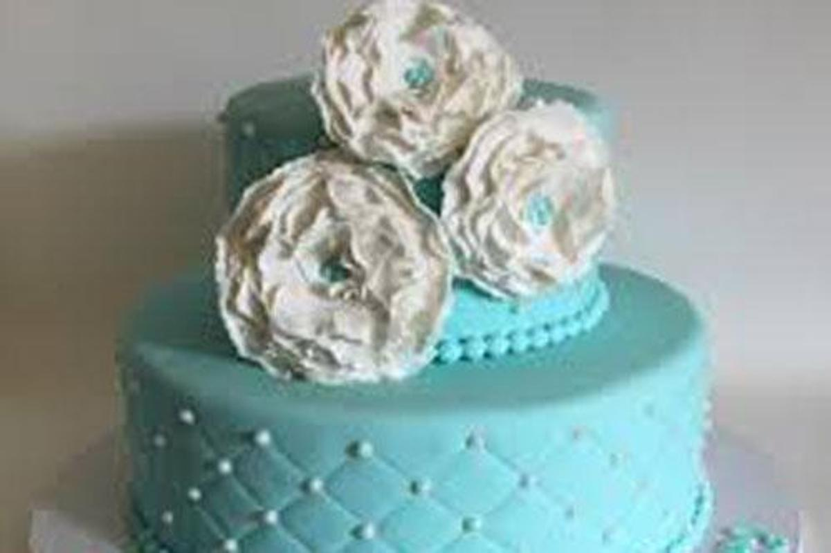 80 Elegant 30th Birthday Cakes Screenshot 5