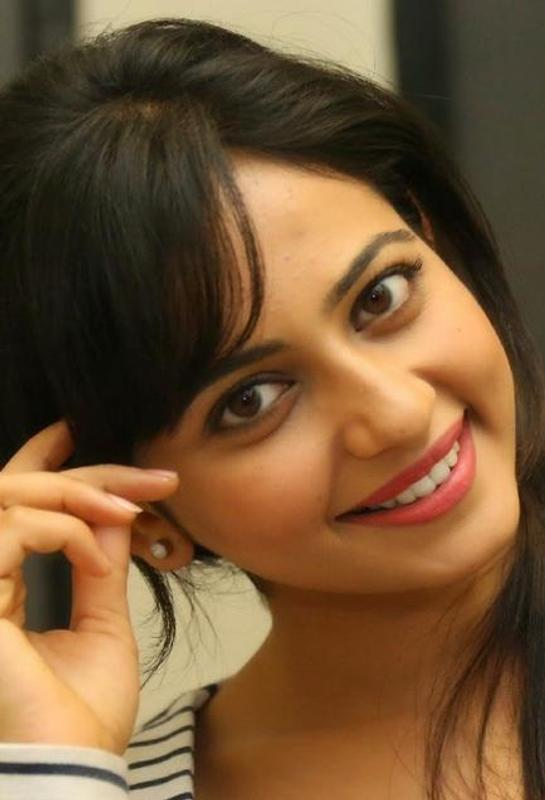 Rakul Preet Singh Photo Gallery And Hd Wallpapers For Android Apk