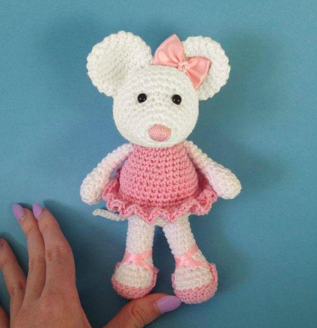 Free Teddy Bear crochet pattern - Amigurumi Today | 676x653