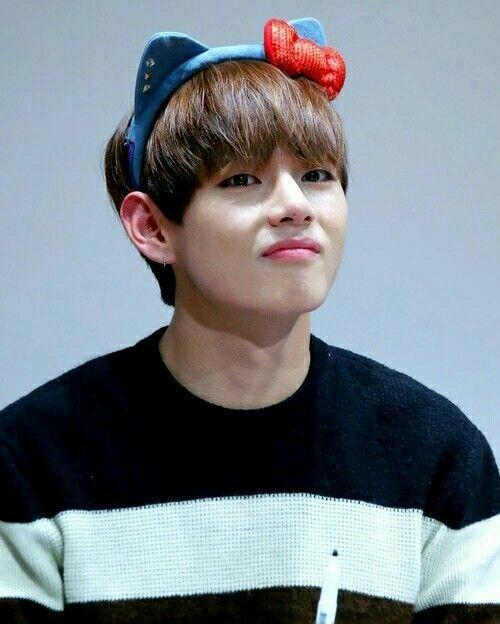 Bts V Cute Memes For Android Apk Download