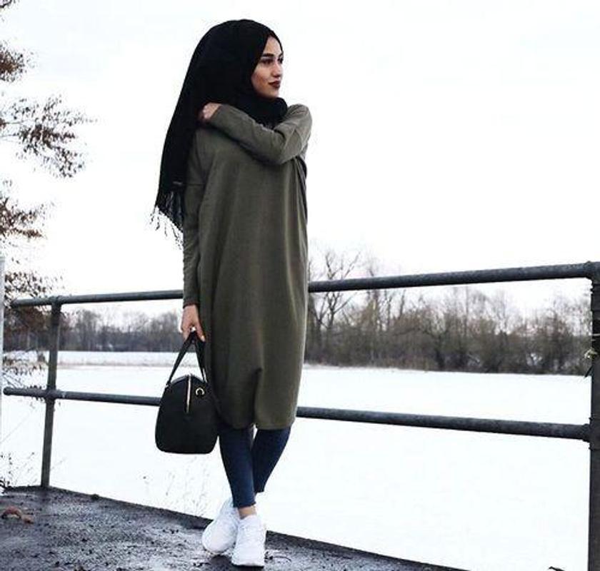 8c73183e368bd ملابس محجبات 2018 poster ملابس محجبات 2018 screenshot 1 ...