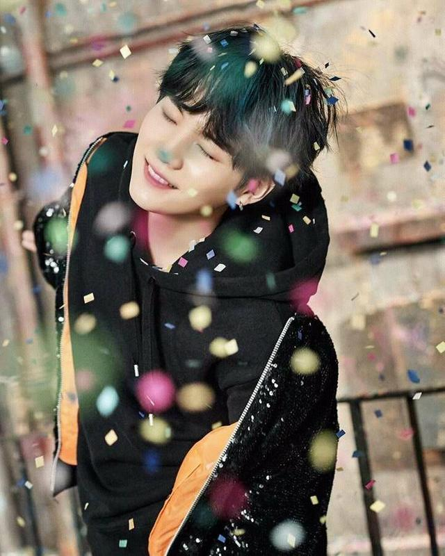 Suga Bts Wallpaper For Android Apk Download