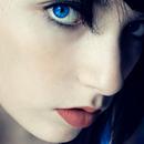 blue eyes wallpaper APK