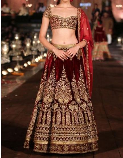 Wedding Dress Designs 2017 poster