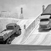 Themes Mercedes Mixed Trucks icon