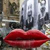 Icona Wallpapers Stravinsky Fountain