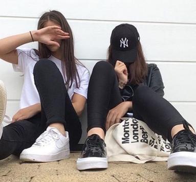 Selfi Poses Idea For Girls poster