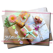 Gift Packing Someone icon