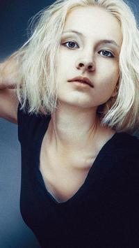 Hot Girl Blonde Hair HD apk screenshot