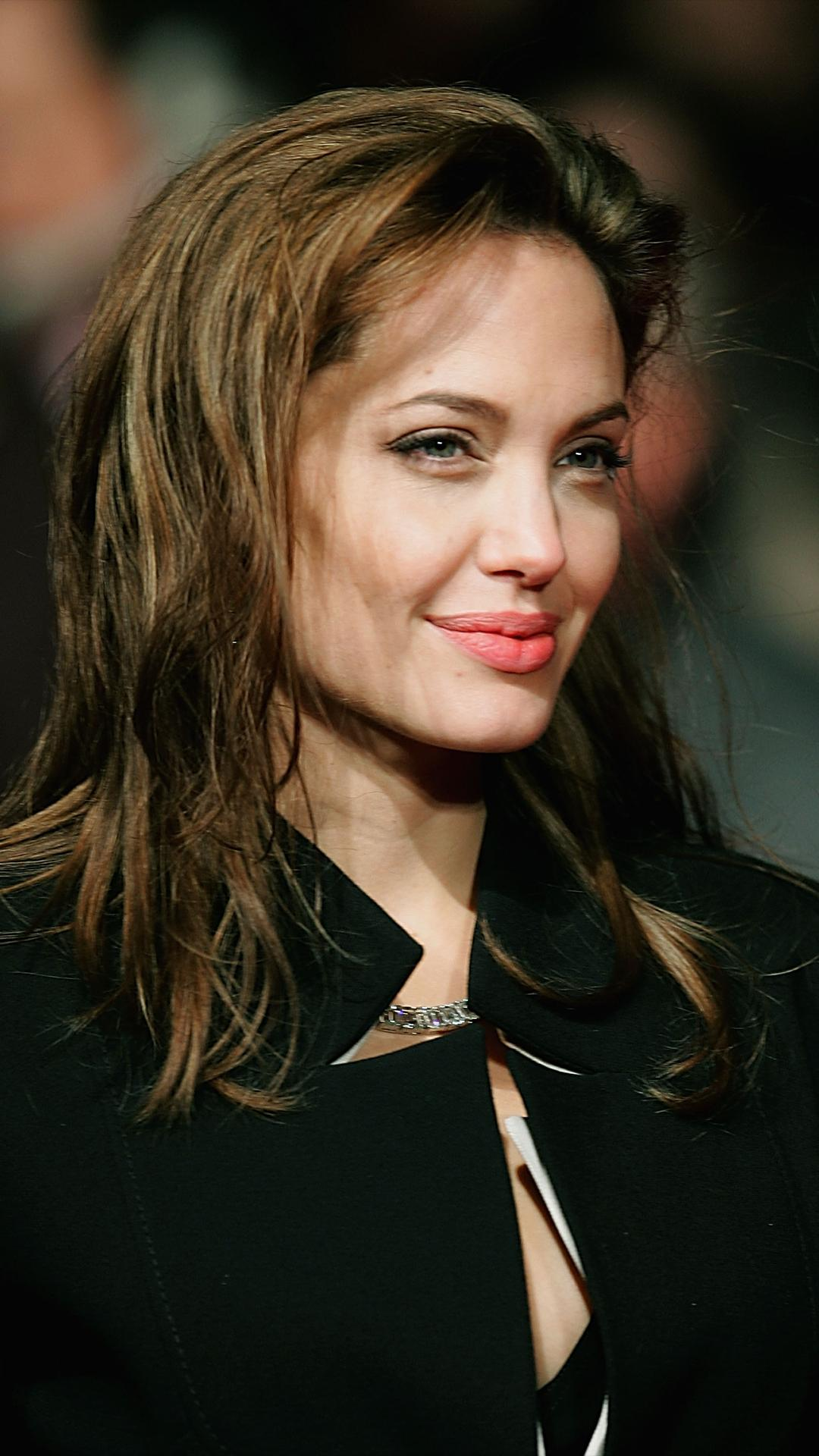 Angelina Jolie Cyborg 2 1993 angelina jolie hd photos for android - apk download