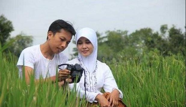 the idea of pre wedding photo islamic screenshot 5