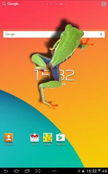 Frog walking on screen joke apk screenshot