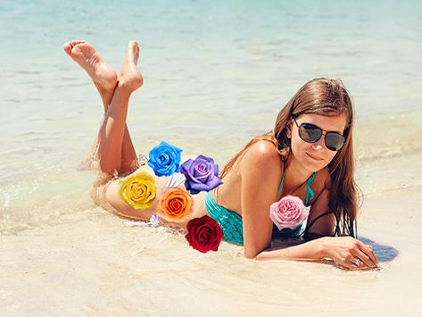 Bikini Girls Flower Wallpapers screenshot 1