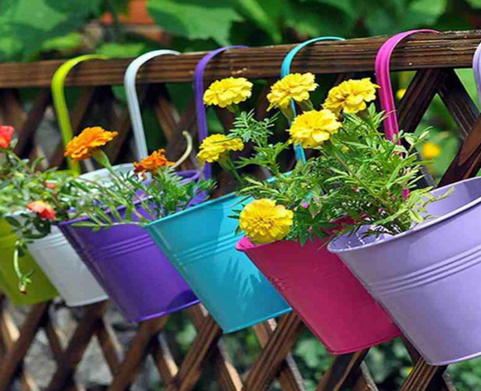 Colorful Garden Pots Screenshot 4