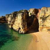 Море, скалистое побережье icon