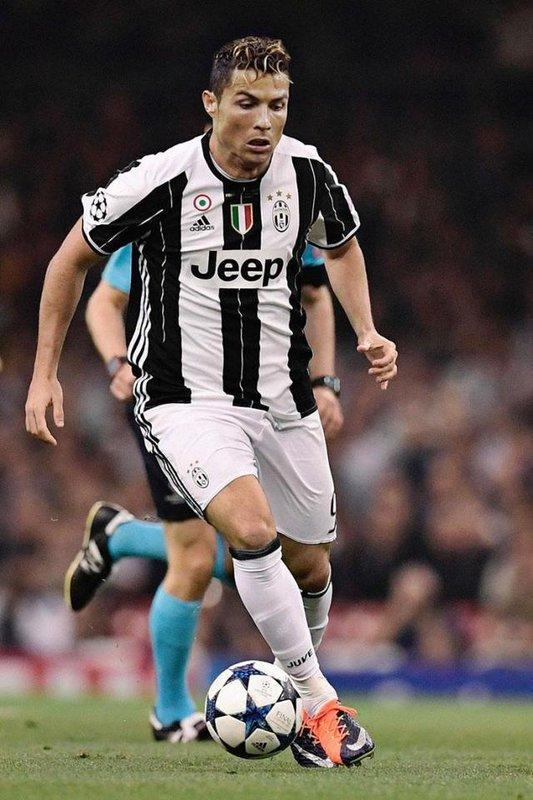C Ronaldo In Juventus Wallpapers Hd For Android Apk Download