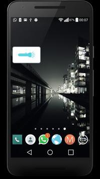 Simple Flashlight screenshot 2
