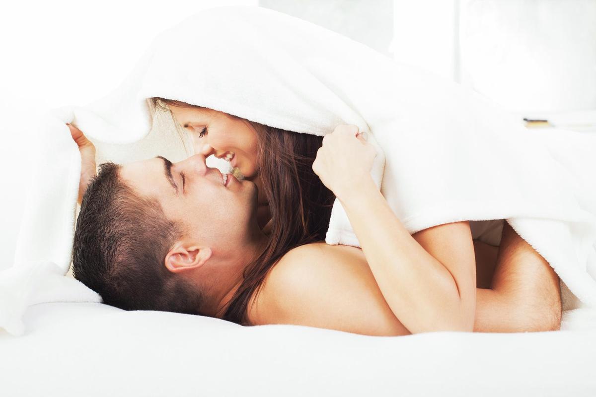 Good morning kiss gif