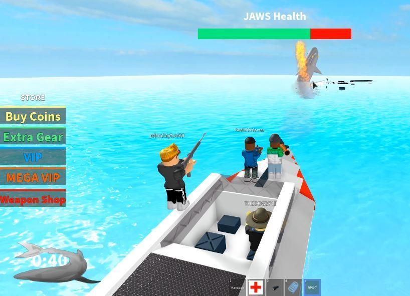 Free SURVIVE A SHARK ATTACK IN ROBLOX Tips for Android - APK