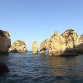 Sea arch icon