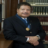 أحمد زويل icon