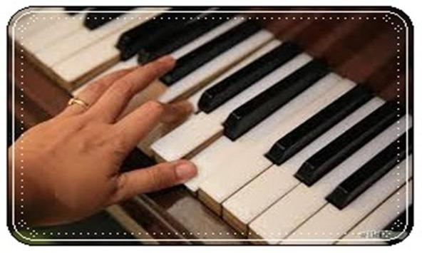 Play Piano Keyboard Online poster