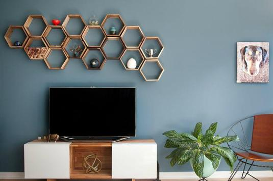 350 Wall Decorating Ideas poster