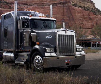 Truck Wallpaper HD screenshot 9