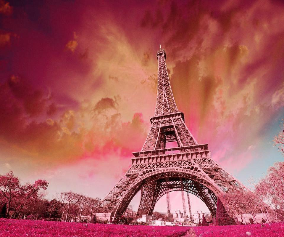 Eiffel Tower Wallpaper HD For Android