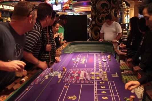 Casino Wallpapers HD FREE screenshot 2