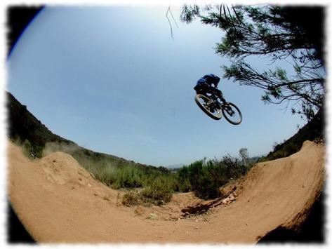 Bmx Stunts Wallpaper Pics screenshot 1