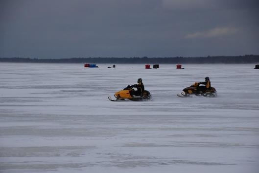 Snowmobiles Wallpapers apk screenshot