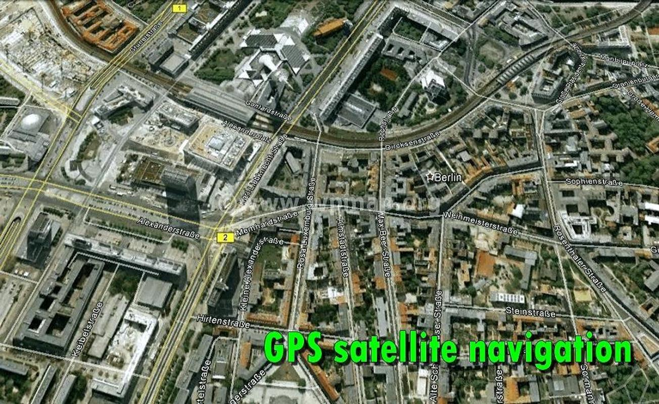 Hot sale & high quality 3g mobile dvr 4-channel car gps map.