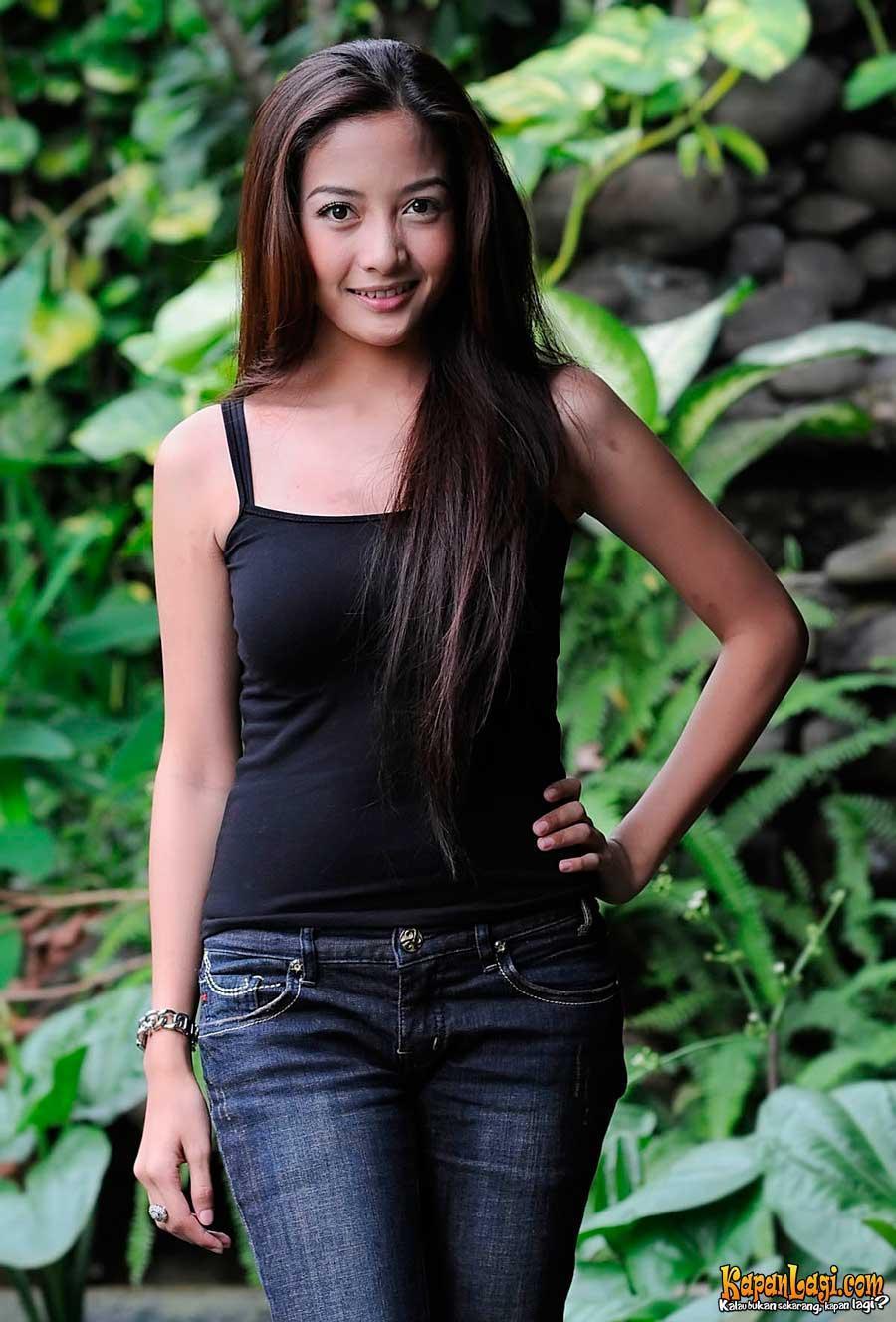 Girl indonesia Top