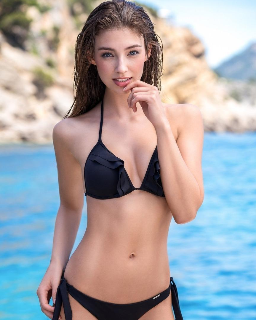 Hot Sexy Girls Bikini for Android - APK Download