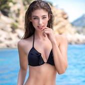 Hot Bikini Girls icon