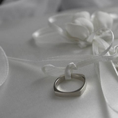 Cool Wedding Ring Wallpapers icon
