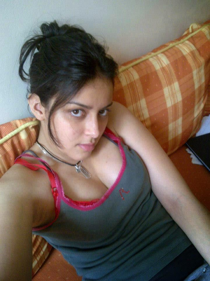 Sexy Girl Desi For Android - Apk Download-1699