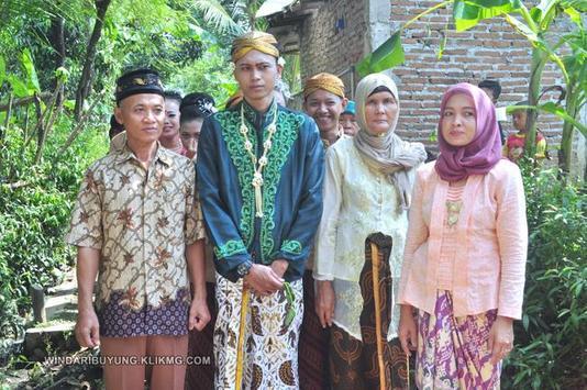 SUS Wedding & Rias Pengantin poster